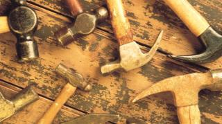 marteau-doigts-peigne