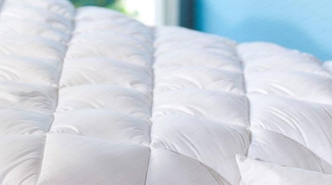 couette qui sent mauvais l 39 astuce conna tre pour la nettoyer facilement. Black Bedroom Furniture Sets. Home Design Ideas