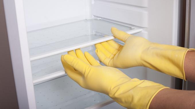 Comment nettoyer facilement votre frigo avec du vinaigre for Nettoyer sol avec vinaigre blanc