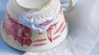 nettoyer-theiere-porcelaine-bicarbonate