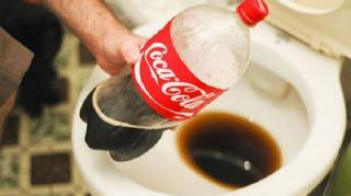nettoyer-WC-coca