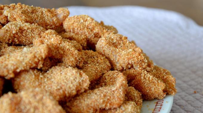 nuggets de poulet maison une recette facile et conomique. Black Bedroom Furniture Sets. Home Design Ideas