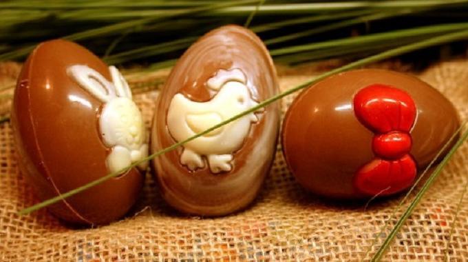 La Recette Facile des Oeufs à la Coque au Chocolat !
