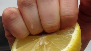 ongles jaunes astuces pour blanchir