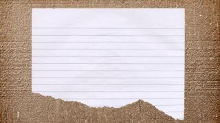 papier déchiré perforé