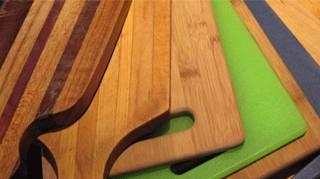 Planche à découper en bois ou en plastique