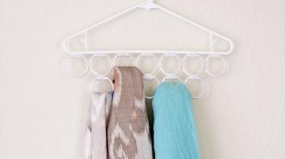 rangement astuce écharpes et foulards