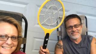 Raquette électrique pas cher contre les mouches