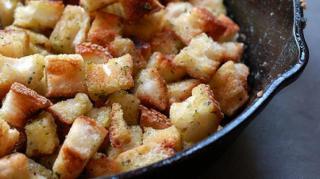 recette-economique-facile-crouton-ail