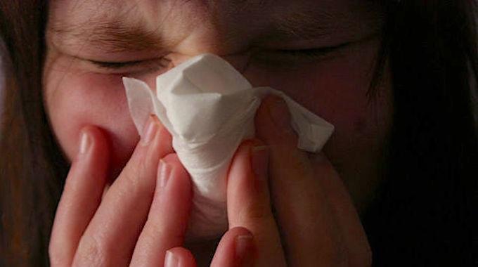 10 Remèdes Efficaces Contre le Rhume Que Vous Devriez Déjà Connaître.