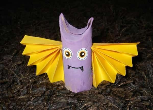 vampire violet fabriqué en carton