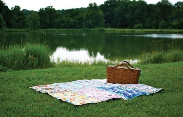 12 fa ons de r utiliser vos vieux draps de lit. Black Bedroom Furniture Sets. Home Design Ideas