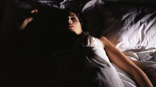 rideaux fermer astuce mieux dormir