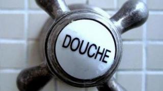 se-laver-combien-de-fois