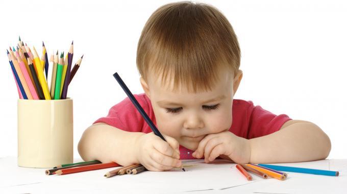 Dîtes Adieu aux Taches de Crayons de Couleur grâce au Bicarbonate.