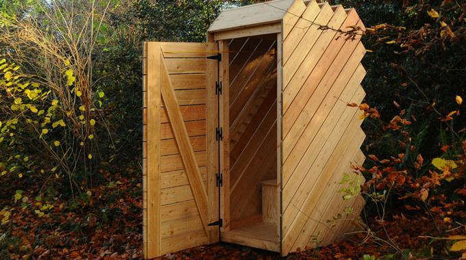 installer des toilettes s ches pour economiser l 39 eau. Black Bedroom Furniture Sets. Home Design Ideas