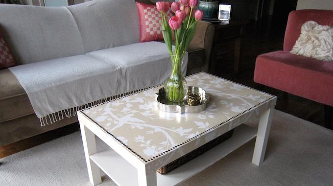 Comment facilement transformer une table ikea en meuble chic for Transformer une table de cuisine