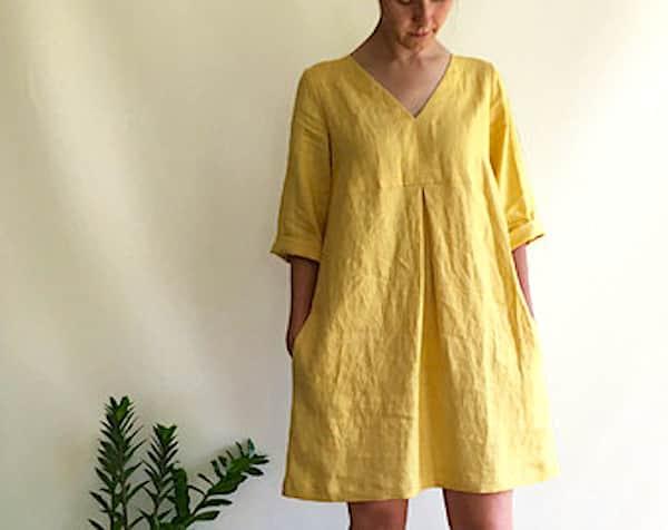Porter des robes amples en lin quand il fait chaud