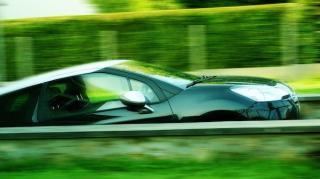voiture-ralentir-vitesse