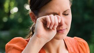 yeux irritation pollen