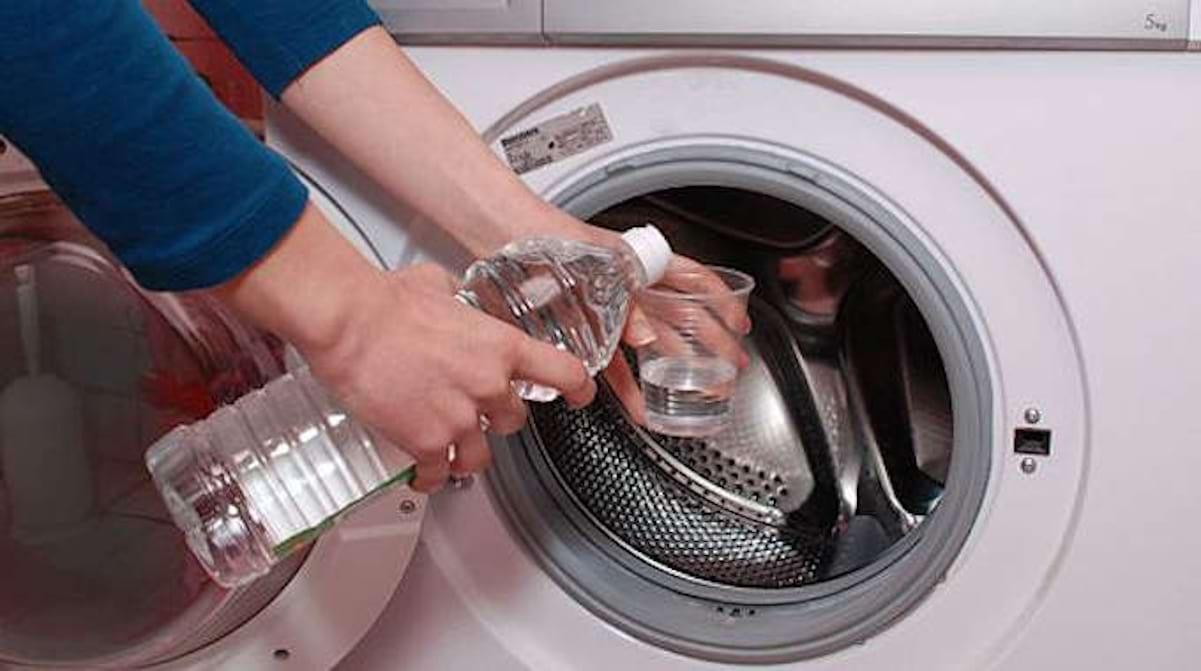 Nettoyer Machine À Laver Le Linge 7 bonnes raisons de mettre du vinaigre blanc dans sa machine
