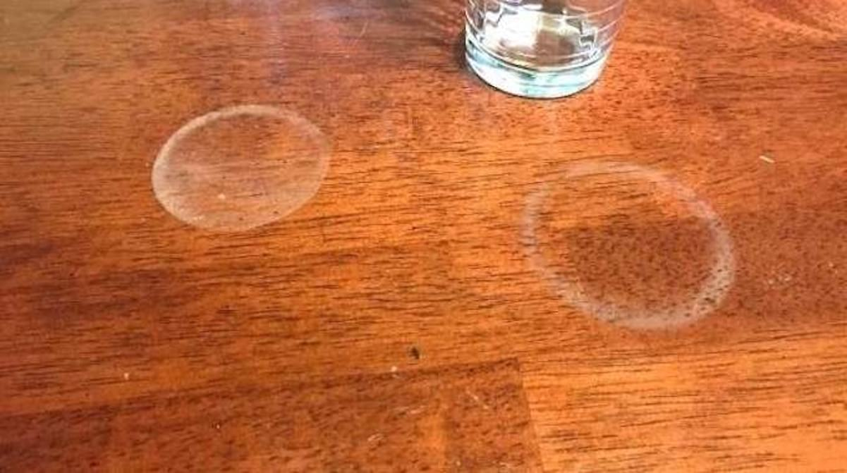 Tache D Eau Sur Bois Ciré vous avez une table en bois ? 11 astuces miracle pour faire