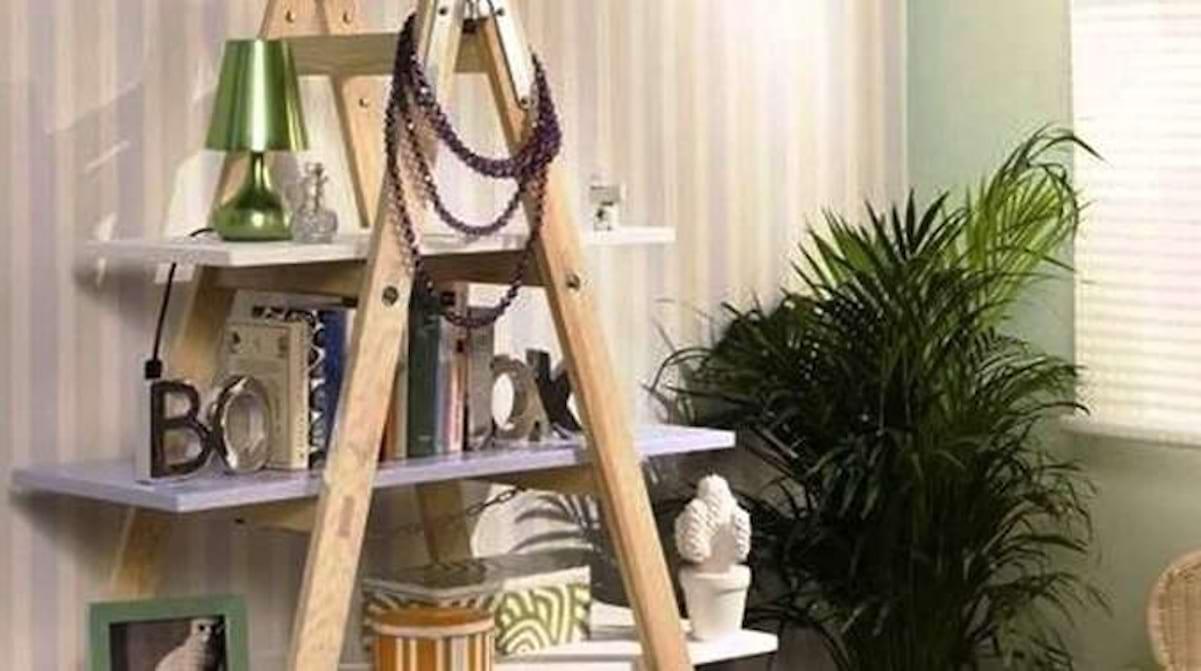 Deco Avec Une Echelle En Bois comment transformer une vieille Échelle en une etagère