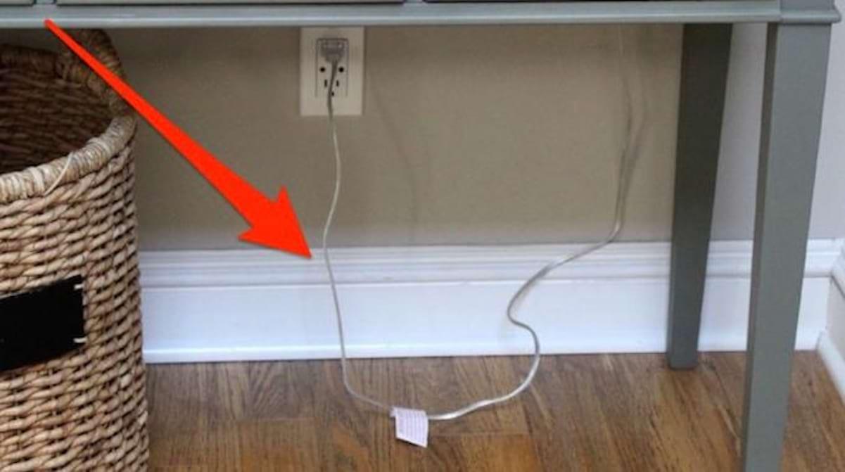 Comment Cacher Fils Tv Murale 1 truc tout simple pour cacher les fils et les câbles.