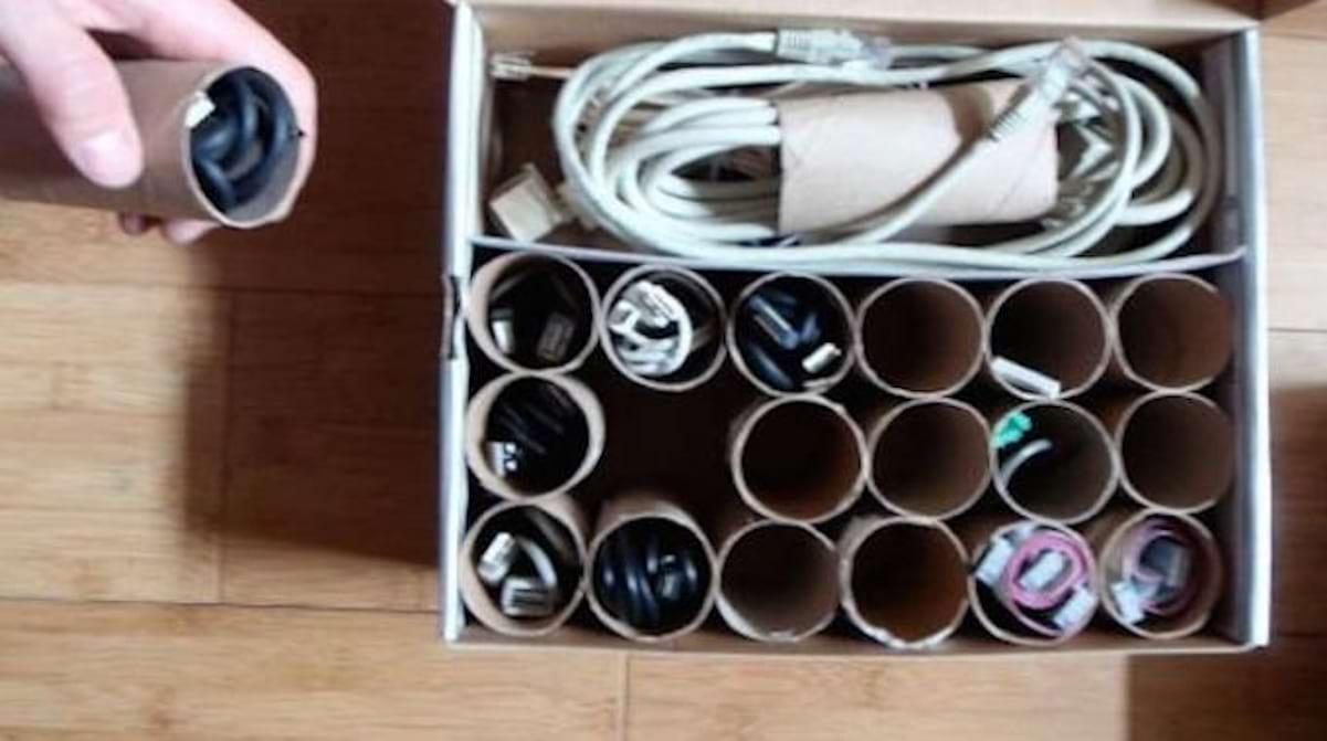 L Astuce Pour En Finir Avec La Boite Remplie De Cables Emmeles