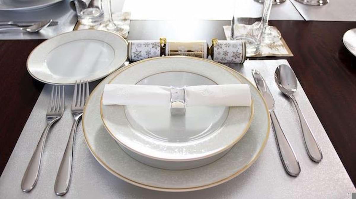 Dresser Une Table À L Anglaise comment dresser une belle table pour un dîner ? le guide