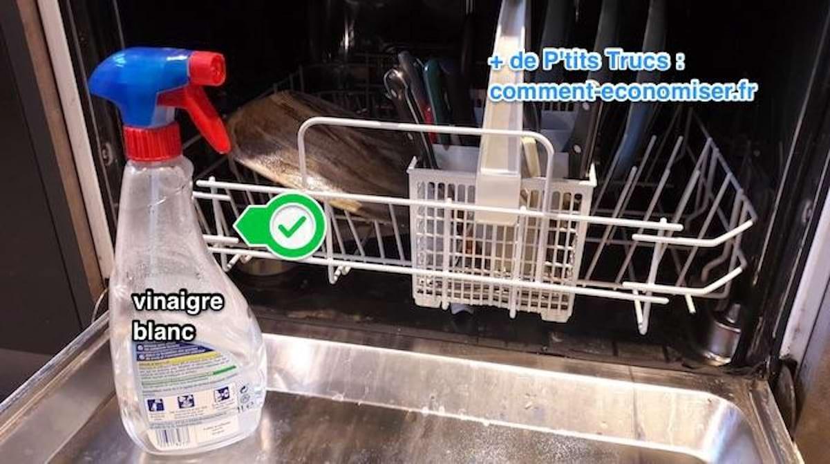 Nettoyer Lave Vaisselle Vinaigre 3 astuces efficaces contre les odeurs d'un lave-vaisselle